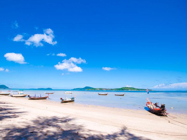 Sunsuri Phuket 拉威海滩